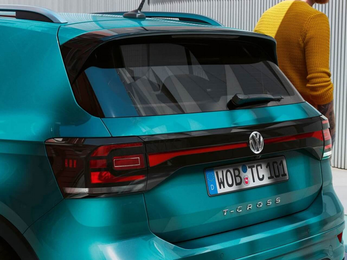2102-volkswagen-t-cross-private-lease-03.jpg