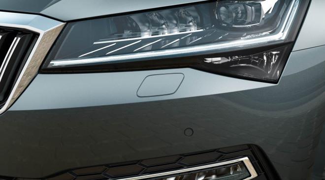 201909-skoda-superb-hatchback-16.jpg