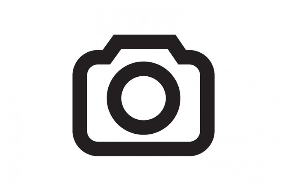 https://aztsmeuqao.cloudimg.io/crop/980x653/n/https://objectstore.true.nl/webstores:wealer-nl/05/201908-vw-acties-iq-drive-03.jpg?v=1-0