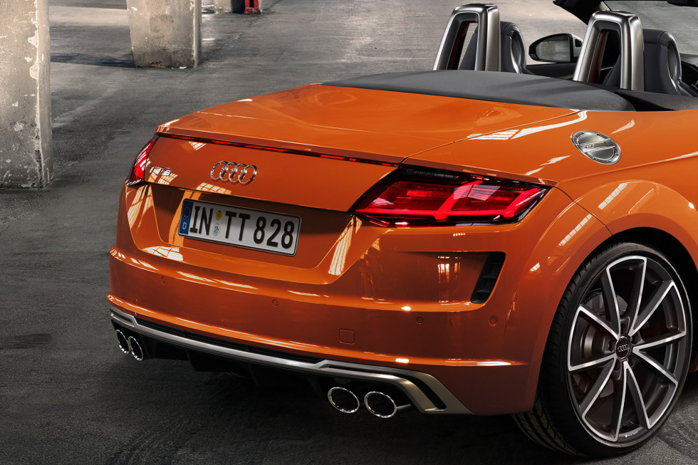 092019 Audi TTS Roadster-10.jpg