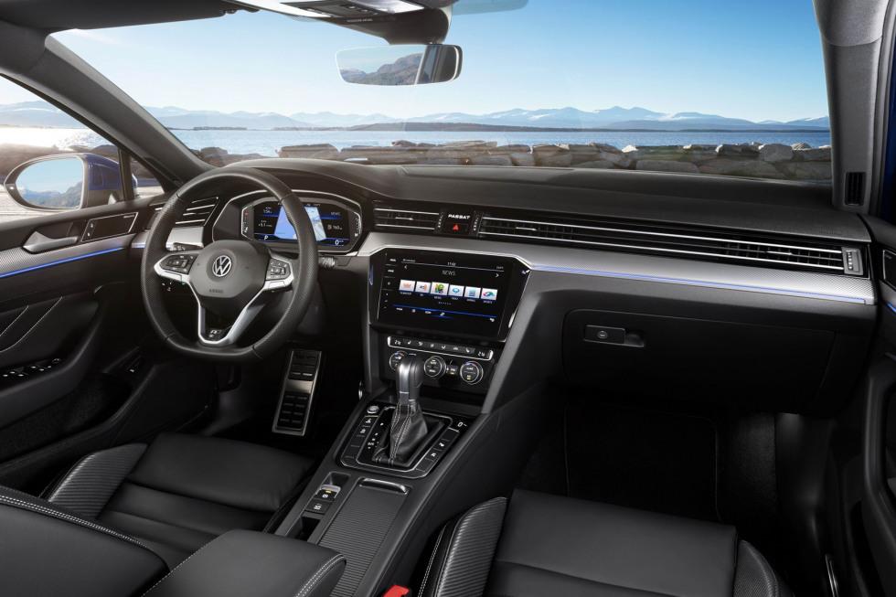 201908-Volkswagen-PassatV-03.jpg