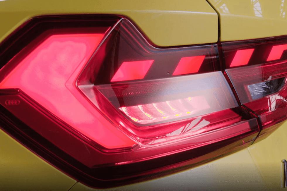 2109-audi-a1-sportback-17.jpg